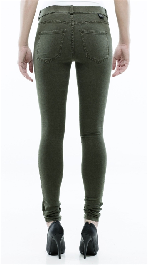 Burgundy, Army Green & Black Five-Pocket Jeggings Set - Plus Active Basic. Share: share via email; share via facebook; share via pinterest; Product Description: Featuring a color for every occasion, this figure-flattering set boasts a comfy cotton stretch-blend and multiple pockets for stowing essentials.